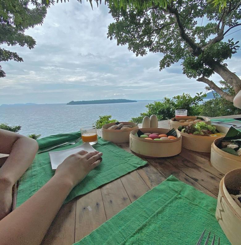Soneva Kiri Treepod Dining